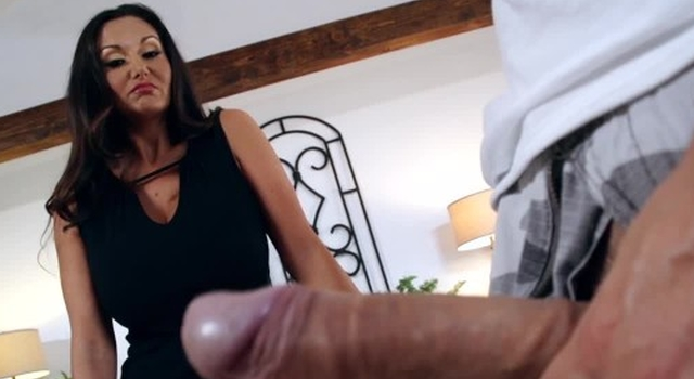 Hot mummy Ava Addams loves..