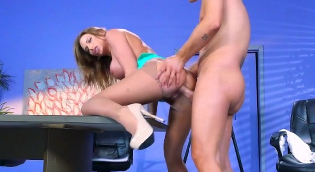 Juelz Ventura gets some..