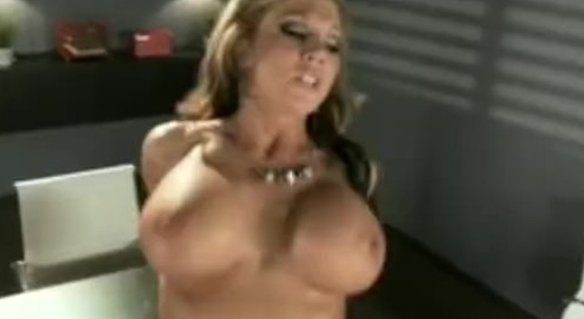 HOT big-boob cockblowers..